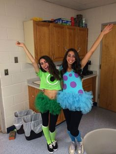 Awesome DIY Halloween Costumes for Women – Gypsies – The Hackster Awesome DIY Halloween Costumes for Women – Gypsies Mike and Sully, costume, DIY Two Person Halloween Costumes, Diy Halloween Costumes For Women, Cute Costumes, Halloween Outfits, Two Person Costumes, Group Costumes, Diy Disney Costumes, Cute Best Friend Costumes, Halloween Diy
