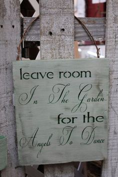 Love this sign.  I'll have to make several of these for gifts.