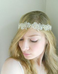 DIY version would be good for a bridesmaid or flower girl hair accessory