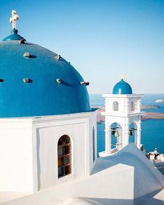 Home is where Greece is.  �ber meine Reisen nach Griechenland zu schreiben macht so viel Spa�. Ich sehe mir die Fotos an und all die schönen Erinnerungen an den Sommer kommen wieder hoch.  Ich kann es jetzt schon kaum erwarten, in den Flieger Richtung Gri Santorini, Taj Mahal, Ber, Building, Instagram Posts, Travel, Pictures, Travel Advice, Places