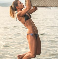 i want to be able to do a pull up!