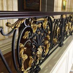 Уж если забивать ленту красотой, то до конца!! )) фрагменты и детали, ракурсы и разное освещение... Когда изделие создано, и гонорар давно спущен в космос, остаётся надежда, что хоть что-то войдёт в историю...). #artmetallab #metalart #luxury #custommade #ювелирнаяработа #jewelry #arhitecture #interior #classic #blacksmith #forge #brass #интерьер #классика #москва #работаназаказ #moscow Iron Handrails, Wrought Iron Staircase, Staircase Railings, Wrought Iron Gates, Steel Stair Railing, Steel Stairs, Railing Design, Staircase Design, Metal Driveway Gates