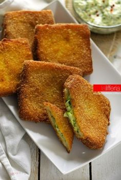 Zucchine cremose in carrozza, finger food Easy Cooking, Cooking Time, Cooking Recipes, No Salt Recipes, Tasty, Yummy Food, Snacks Für Party, Street Food, Finger Foods