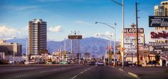 Las Vegas strip, 1976 at 3735S Las Vegas Blvd | Photo: Las Vegas News Bureau.            Place and Time