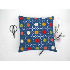 Handmade crochet pillow, crochet cuschion, patchwork, granny square... ($38) ❤ liked on Polyvore featuring home, home decor, throw pillows, blue accent pillows, red accent pillows, crochet throw pillow, vintage inspired home decor and square throw pillows