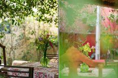Mini casamento rústico e colorido | http://www.blogdocasamento.com.br/cerimonia-festa-casamento/decoracao-festa-igreja/mini-casamento-rustico-e-colorido/