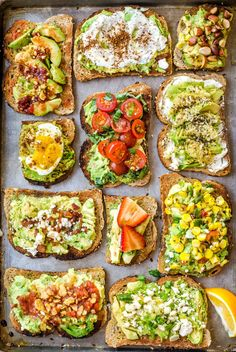 11 Easy Ways to Fancy Up Your Avocado Toast What are your favorite ways to top avocado toast? Play our Recipe Roulette to help you discover something delightful and new. - 11 Easy Ways to Fancy Up Your Avocado Toast Healthy Breakfast Recipes, Healthy Drinks, Healthy Snacks, Healthy Recipes, Fruit Snacks, Healthy Breakfasts, Simple Avocado Recipes, Snacks Kids, Healthy Brunch