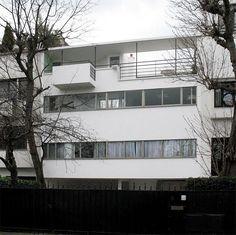 Charles Édouard Jeanneret-Gris, Le Corbusier Villa Jeanneret-Perret , 1912 Villa Schwob, 1916 Maison La Roche...