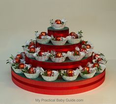 Magnificent DIY #Christmas #Centerpiece with #Candies.  Click for more Candy Centerpiece Ideas.