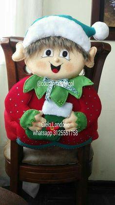 María Ramos's media content and analytics Christmas Chair, Felt Christmas, Christmas Snowman, Christmas Stockings, Christmas Crafts, Xmas, Christmas Ornaments, Felt Crafts, Diy And Crafts