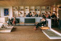 Arte, arquitectura y paisaje: Museo Louisiana de Jørgen Bo y Vilhelm Wohlert Museum Logo, Museum Cafe, Museum Shop, Art Museum, Louisiana Museum, Louisiana Art, Richard Serra, Scandinavian Furniture, Scandinavian Design