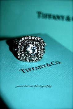 Un anillo de Tiffany,...comprado en NY