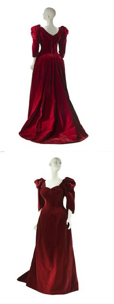 Evening dress by Worth, 1891-92, at the Museum of the City of New York. See: https://secure.collections.mcny.org/C.aspx?VP3=CMS3&VF=MNYO28_3&PID=24UPN4FPZU&P=22