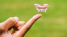 そのサイズ、わずか2.2cm×2.2cm!重さはたったの7グラム!驚異的にスリムなミニドローン「SKEYE Pico Drone」がとにかく凄いんです...