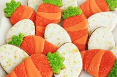 Easy and adorable Speckled Egg Cookies via Lila Loa