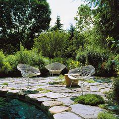 public/upload/im_vignette/fauteuil-diamond-outdoor-blanc-knoll-bertoia-silvera_03.jpg