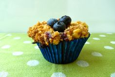 Blueberry Crumb Cupcakes #baking