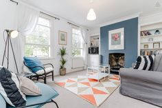 Bright and cosy 2 Bed delight close to Notting Hill, London.