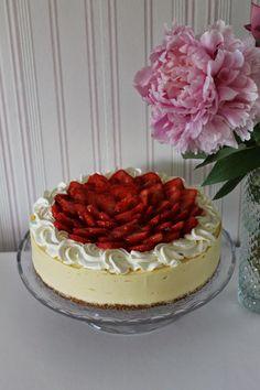Tarun Taikakakut: Mangojuustokakku (26cm) I Want To Eat, Creme Brulee, Cheesecakes, Vanilla Cake, Tiramisu, Deserts, Yummy Food, Baking, Ethnic Recipes