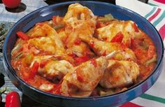 Basque chicken with cookeo - Poulet Basquaise au cookeo Basque chicken with cookeo - Healthy Chicken Recipes, Vegetable Recipes, Meat Recipes, Crockpot Recipes, Healthy Food, Basque Food, Batch Cooking, Cooking Ham, Cooking Pasta