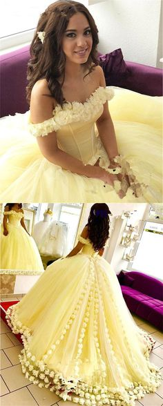 Yellow Tulle Flower Wedding Dresses Ball Gowns Quinceanera Dresses Off The Gelbe Tüll Blume Brautkleider Ballkleider Quinceanera Kleider aus Sweet 16 Dresses, Pretty Dresses, Beautiful Dresses, Ball Gowns Prom, Ball Dresses, Prom Dresses, Pink Ball Gowns, Midi Dresses, Evening Dresses
