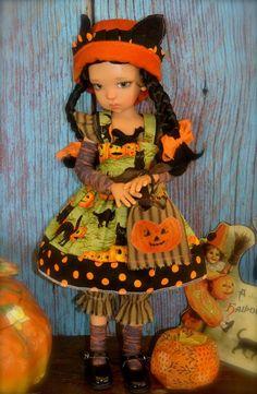 """""""Halloween Cats"""" dress  set + wig for Kaye Wiggs  MSD BJD,  Laryssa,Mei Mei"""