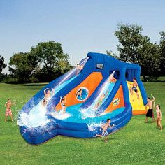 Have your very own waterslide in the backyard with this Banzai aqua parkOutdoor water toy inflates in less than three minutesWater park easily attaches to any garden hose for a constant flow of water