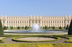 Versailles Small-Group Tour from Paris with Audio Guide Experience the grandeur of Versailles Palace and Gardens on a small group tour from Paris. With a maximum of only eight per group, this small group trip to Versailles ensures a more intimate experience. Hotel pickup from centrally located Paris hotels is included, taking all the guess work out of your trip. You can choose from a half-day tour (independent tour), either in the morning or afternoon, or a full-day t...