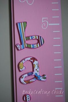 DIY growth chart! I really need to get on this..been wanting to do this for so long now!