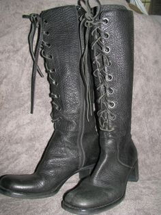 Vintage Black Pebbled  Leather Lace up 8.5 9  by LIFEofOLWEN, $74.99 # lace up # vintage boot # 70s