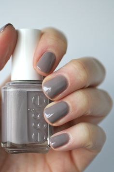 Essie Chinchilly | Essie Envy