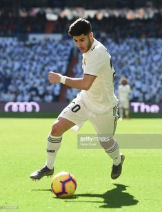 Real Madrid Players, I Work Hard, Soccer Players, Football, Baseball Cards, Game, Fashion, Guys, Sports