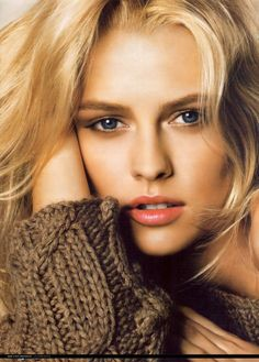 Teresa Palmer- I love her in Warm Bodies. Shes beautiful here.