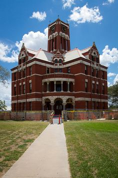 Lee County Courthouse  Giddings, TX