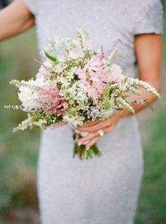 Hochzeitsblumen – wählen Sie die schönsten Blumen für Ihren Brautstrauß - hochzeitsblumen weiße rosa wildblumen blumenstrauß