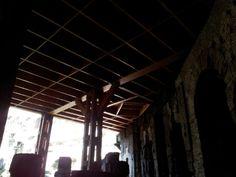 La struttura in legno che costituiva il pavimento dell'Arena con la struttura delle botole per l'ingresso dei Gladiatori e delle bestie