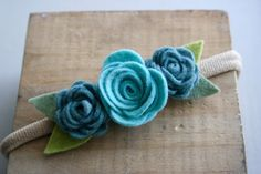 Artículos similares a Mini Flower Crown on Headband or Clip-Baby/Toddler/Child/Adult/-Strawberry and Pink en Etsy Teal Blue, Red And Pink, Baby Grows, Felt Flowers, Rosettes, Flower Crown, Hair Accessories, Bows, Children