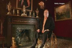 Larry Flynt offering $1M reward for 'scandalous' Trump footage