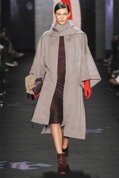 Diane von Furstenberg Fall 2012   New York Fashion Week
