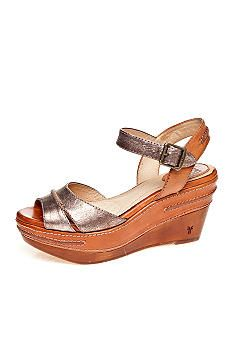 2a460eb57b029 Frye Carlie Seam Wedge got to have these shoes!!! Cute Shoes