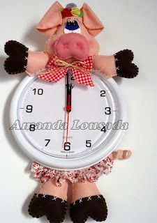 Moldes Para Artesanato em Tecido: Porquinha no Relógio com molde