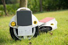ruedas eléctricas blancas viaje por campo endesa ruedas 25Km-h Unicycle T1