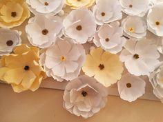 Украшение интерьера цветами из бумаги. Для студии шугаринга Мелитель. Тольятти