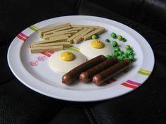 Tout est possible avec des LEGO. Même de cuisiner... des burgers, des pizzas en passant par des plats de pâtes ou encore de délicieusespâtisseries. DGS vous fait découvrir un menu pas comme les autres :P. Bon appétit !...