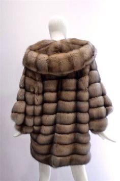 The world is beautiful Sable Fur Coat, Fur Coat Fashion, Style Guides, Hooded Jacket, Furs, Fashion Guide, Fashion Ideas, Jackets, Fur Coats
