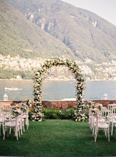 Just breathtaking: http://www.stylemepretty.com/2015/10/05/romantic-italian-villa-wedding-on-lake-como/ | The Cab Look Foto Lab - http://www.thecablookfotolab.com/