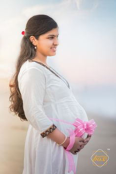 The treasure of life lies in oneself and always nurtured in all stages of the journey... A fine celebration of motherhood!  #weddingboxstudio #colorbox #motherhood #maternityshoot #joy #fun #epic #relish #happiness #smile #celebration #memories #pregnancy #maternityphotography