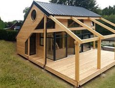 Organic Gardening Supplies Needed For Newbies Architecte : Patrick Ballester Maisons Ossature Bois Daction 2000 - France 30 House In The Woods, My House, Wendy House, Casas Containers, Tiny House Design, Cabin Design, Woodworking Plans, Woodworking Projects, Woodworking Furniture