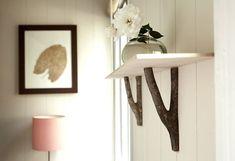 Branch shelf brackets, via hausmaus. Wood Shelf Brackets, Decorative Shelf Brackets, Wood Shelves, Rustic Shelving, Open Shelves, Floating Shelves, Home Interior, Interior Design, Scandinavia Design