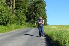 L'homme qui marchait sans argent Voyage Europe, Alternative, Travel, Inspiration, Style, Wales, Sustainable Development, Projects, Biblical Inspiration